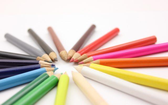 いろんなカラーの鉛筆