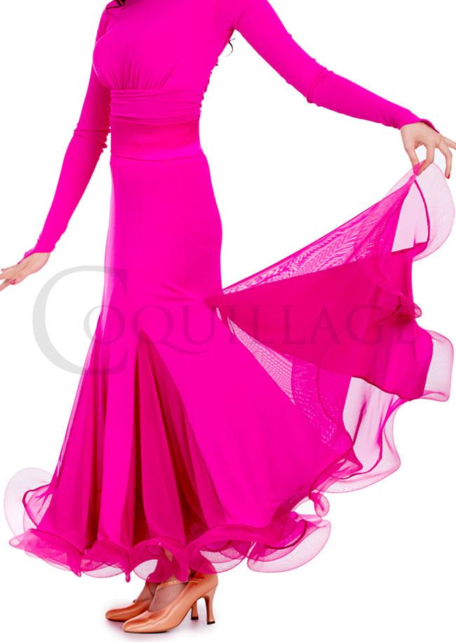 華やかなピンクのドレスコード